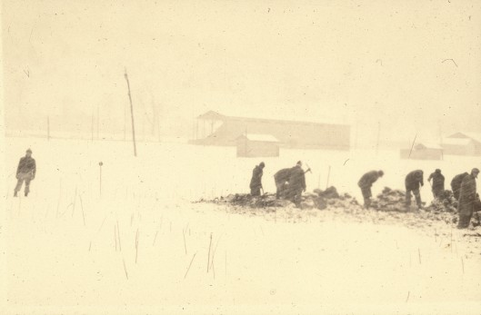 Winter excavation at the Peck 1 Monongahela village.